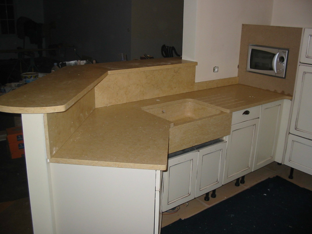 Plan de travail granit quartz silestone dekton for Stage de cuisine toulouse